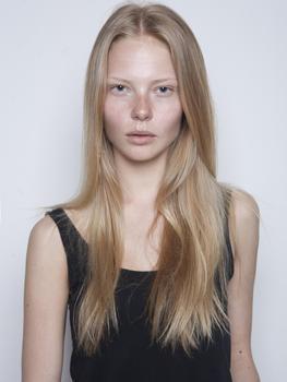Sofie Theobald nude 66