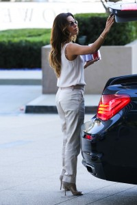 ba56b9287253921 Eva Longoria – out and about candids in Century City