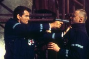 Джеймс Бонд 007: И целого мира мало / 007 The World Is Not Enough (Пирс Броснан, 1999) 63e817287543691