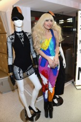 Lady Gaga - H&M Store Opening in NYC 11/13/13