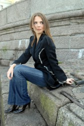http://thumbnails104.imagebam.com/28951/db3bf5289504379.jpg
