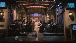 Lady Gaga - Saturday Night Live, 11/16/2013