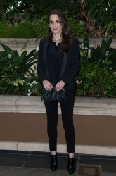 Winona Ryder - 'Homefront' LA Press Conference & Photocall in Beverly Hills 11/18/13