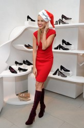 Petra Nemcova - The Holiday Gift Giving Season Kick Off in NYC 11/21/13