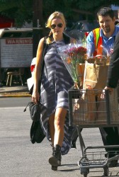 Malin Akerman - at Gelson's in Los Feliz 11/27/13