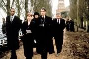Джеймс Бонд 007: И целого мира мало / 007 The World Is Not Enough (Пирс Броснан, 1999) 8b59bf292271541