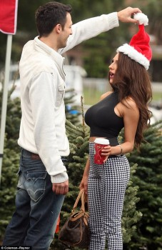 Courtney Stodden - She goes tree shopping - 6