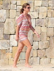 Cindy Crawford - out in Cabo 12/29/13