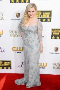 Abigail Breslin 19th Annual Critics Choice Awards 8