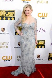 Abigail Breslin 19th Annual Critics Choice Awards 6