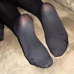 nylon foot fetish