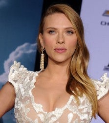 Scarlett Johansson ~ Captain America: The Winter Soldier premiere  Hollywood, Mar 13