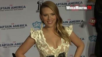 SCARLETT JOHANSSON CLEAVAGE - Captain America Premiere 03.13.14