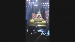 Miley Cyrus - Hot Video From Her Bangerz Concert in Montreal on March 29, 2014