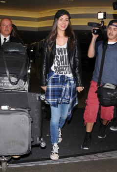 Victoria Justice - arriving at LAX. Los Angeles, California 04/25/2014