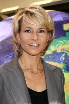 Nathalie Rihouet   Dd8df4551171248