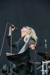 Taylor Momsen - Performs at River City Rockfest 5/27/17