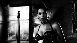 Hot Celebrity & Photoshoot Vids - Page 3 626442551734355