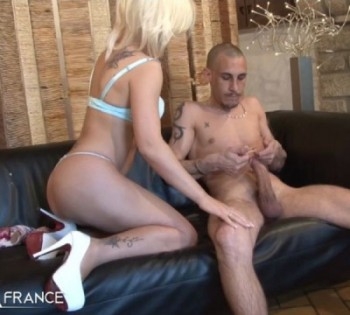 Pryscilla Lopez - Gorgeous blonde gets fucked while some old men voyeur watching (2017) 720p