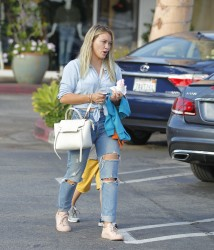 Hilary Duff - Getting ice cream in LA 7/5/17